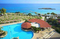 Capo Bay, вип отель на Кипре