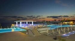 King Evelthon Beach, роскошный люкс отель на Кипре