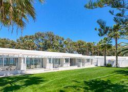 Nissi Beach Resort, отель для молодежи на Кипре