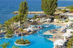 The Royal Apollonia, отель для молодежи на Кипре