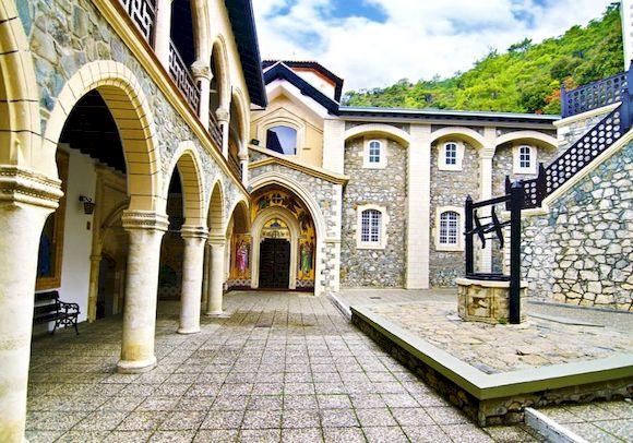 Киккский монастырь, Кипр, как добраться