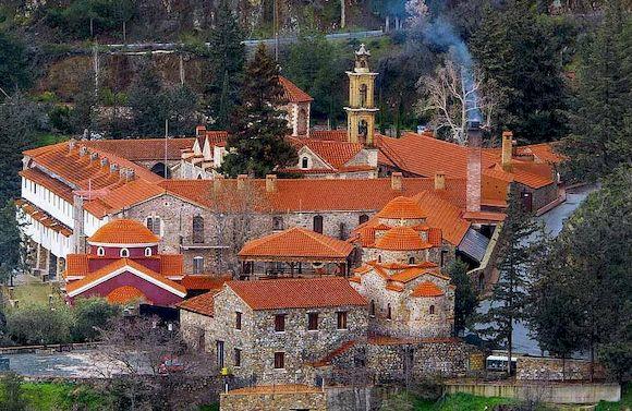 Махерас, необычный монастырь, Кипр