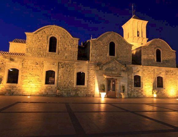 Экскурсии и развлечения, сколько денег взять на Кипр