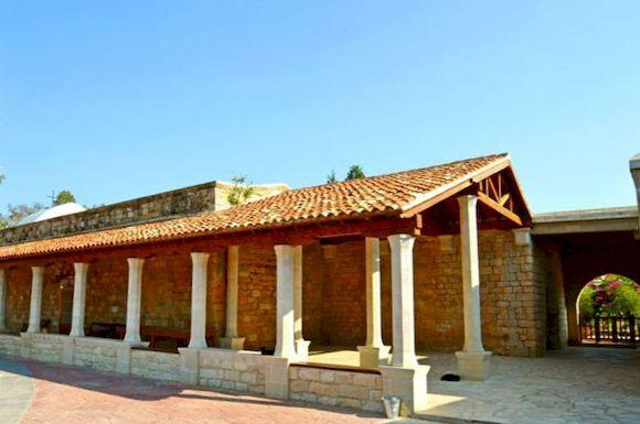 Кипр, кошачий монастырь