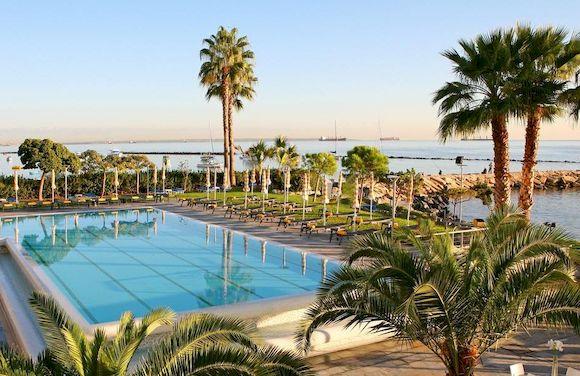 Отели возле моря, Кипр